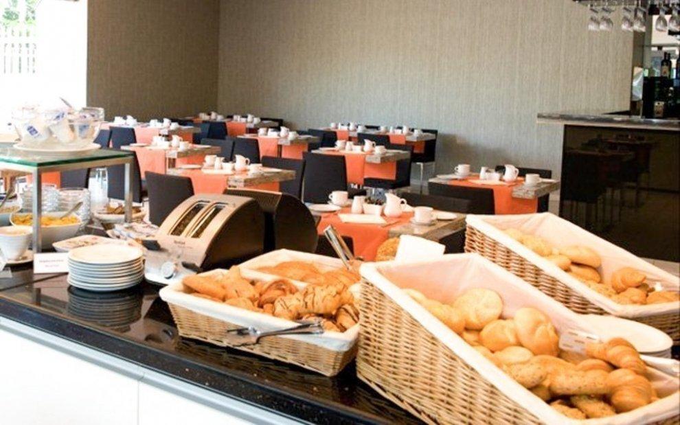 Raňajky v Expo Congress Hoteli
