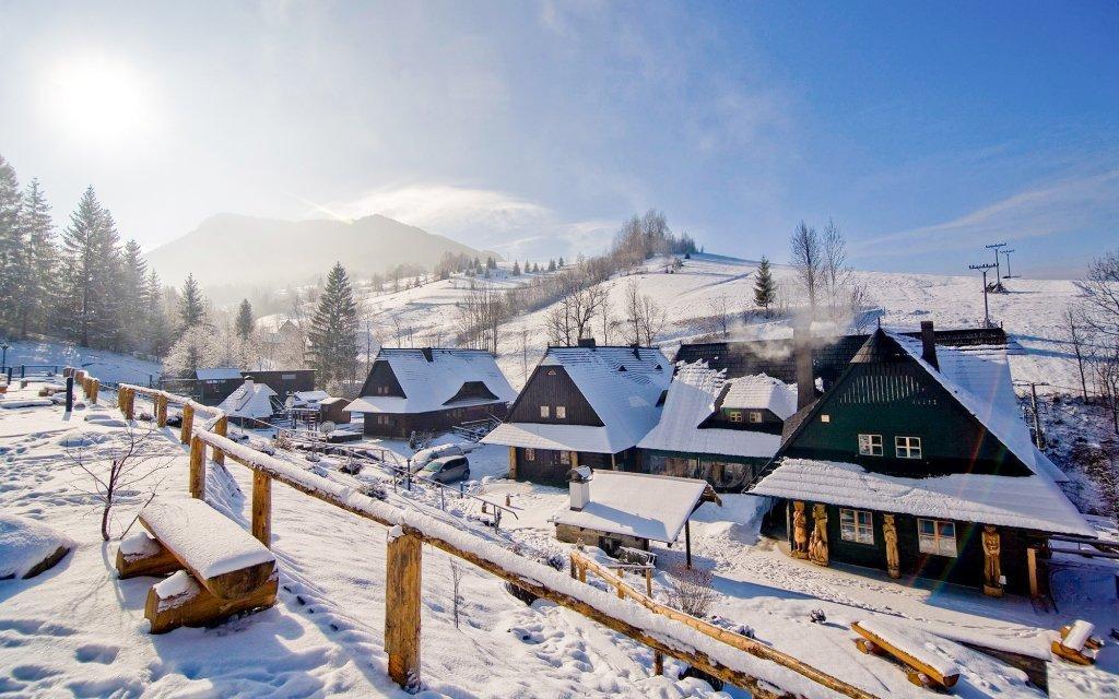 Malá Fatra: stylový Penzion a drevenice Jánošíkov dvor se snídaněmi a saunou