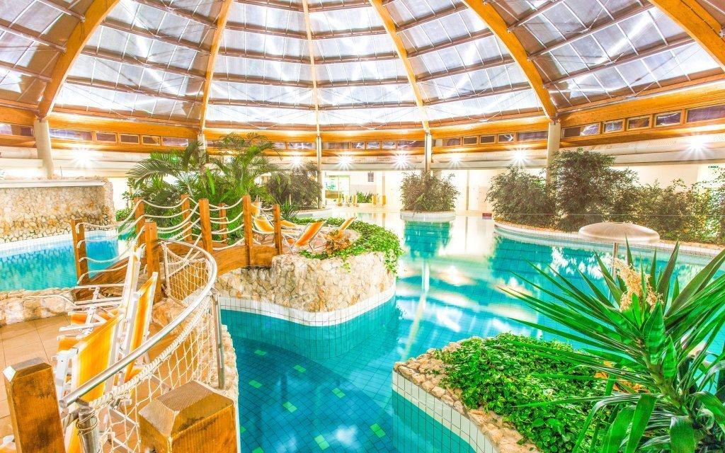 Maďarsko v luxusním Gotthard Therme Hotelu **** propojeném s termálními lázněmi