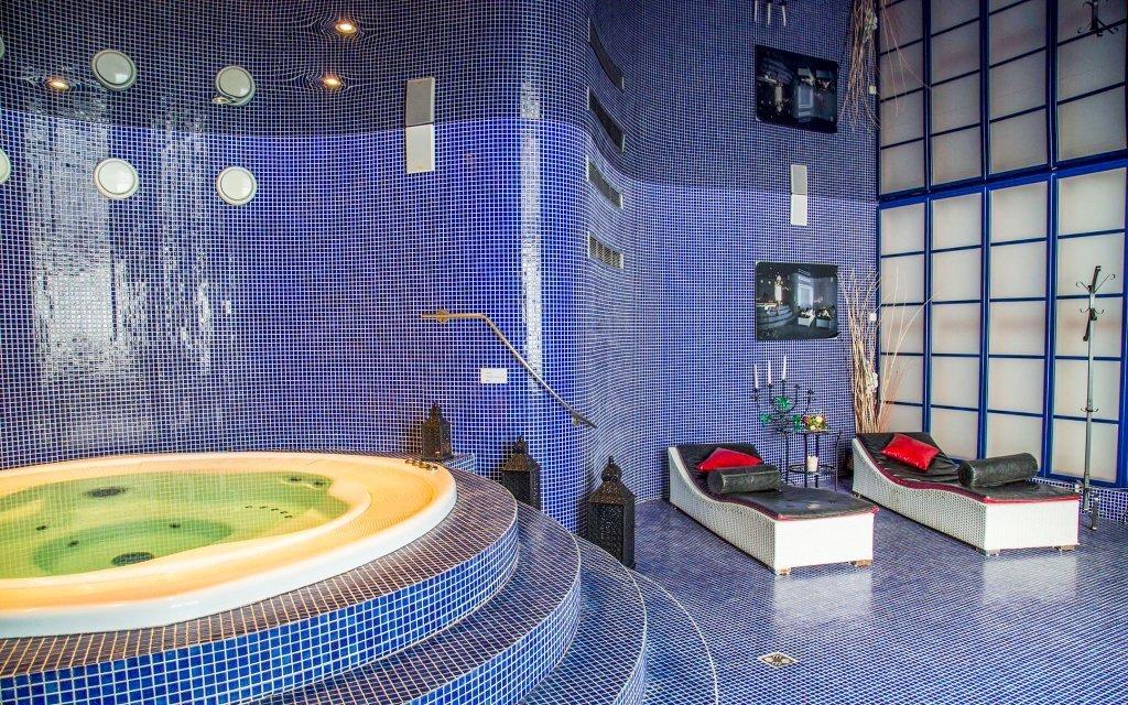Mariánské Lázně: luxus v Golf Hotelu Morris **** s plnou penzí a procedurami