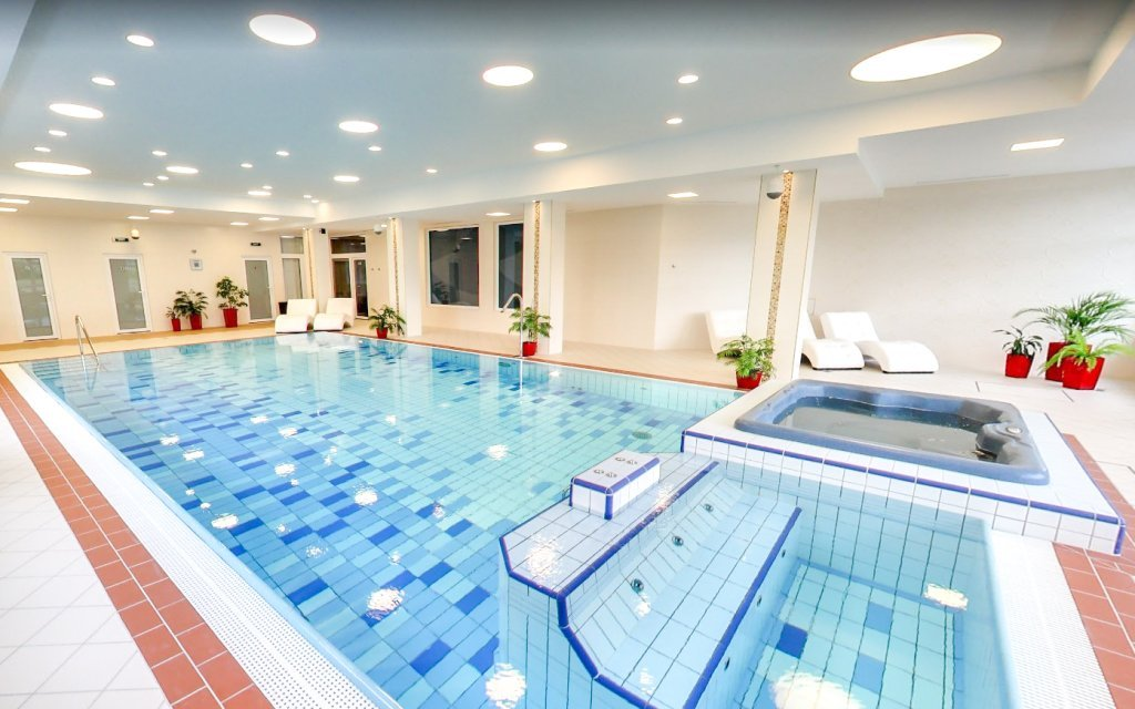 Vysoké Tatry: Hotel Končistá **** jen 1 km od ski areálu + polopenze a bazén