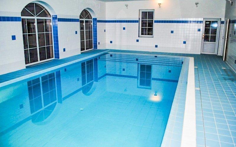 Třeboňská romantika v Hotelu Nežárka *** s privátním bazénem a snídaní