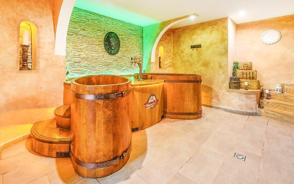 Beskydy u ski areálů v Hotelu Beskyd **** s wellness, polopenzí a balíčkem slev