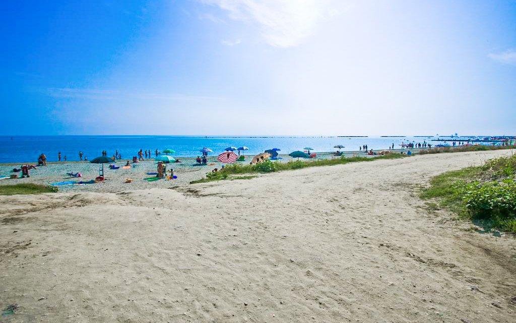 Lido Adriano přímo na pláži v Hotelu Le Dune *** se snídaní na 6 či 8 dní