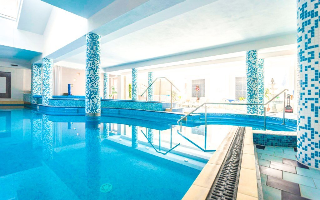 Trenčianske Teplice od jara ve Vile Anna **** s bazénem Grand a polopenzí